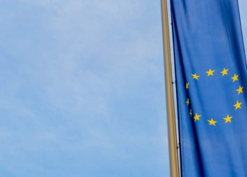 De flesta svenskar vill vara kvar i EU