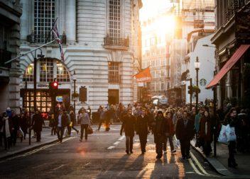 Varför mer personliga företag är mer benägna att nå framgång idag